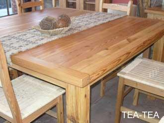 Mesas en pinotea for Mesa y sillas para 8 personas